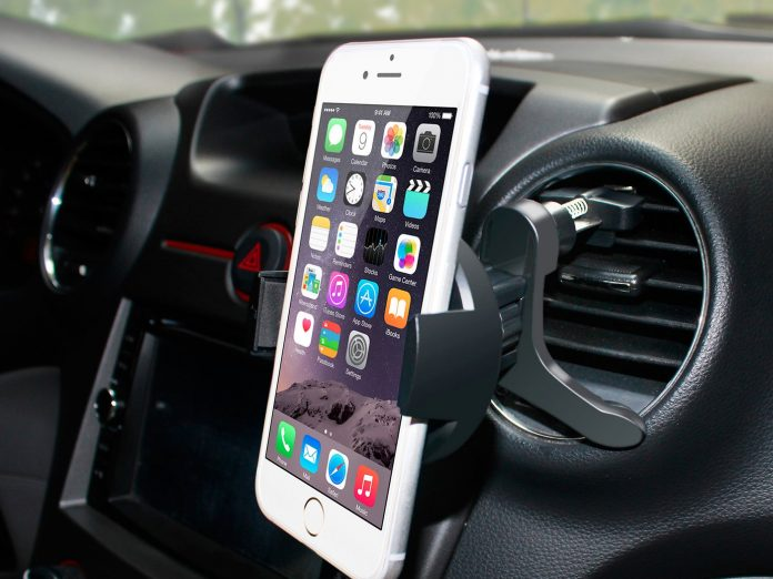 tech gifts for the car enthusiast