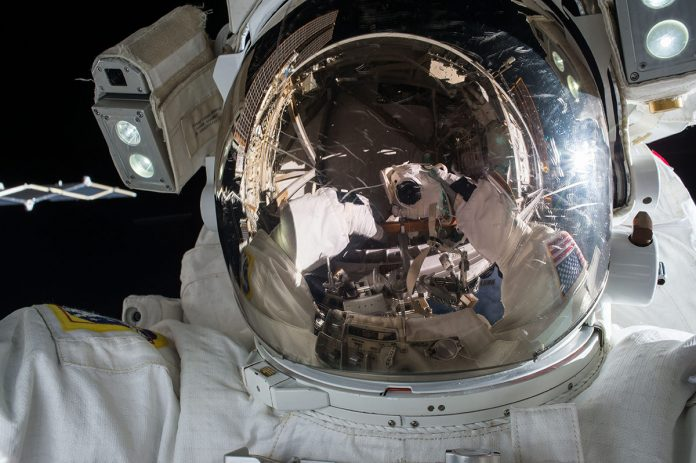 Nasa Astronaut forgets microSD card for GoPro