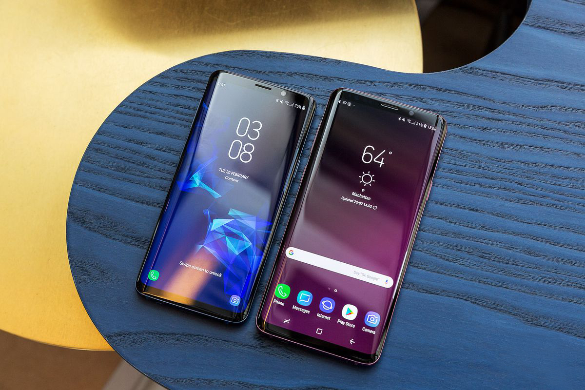 Samsung Galaxy S9 & S9+ - OLED display