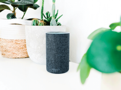Amazon Echo | Photo: Jan Antonin Kolar via Unsplash
