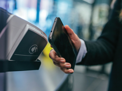 Mobile payment using Contactless Payment Terminal | Photo: Jonas Leupe via Unsplash