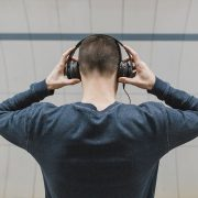 Man wearing headphones | Photo: Burst via Pexels