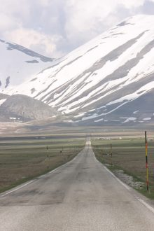 The road to Castelluccio